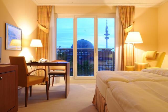 Junges Hotel Hamburg Adresse