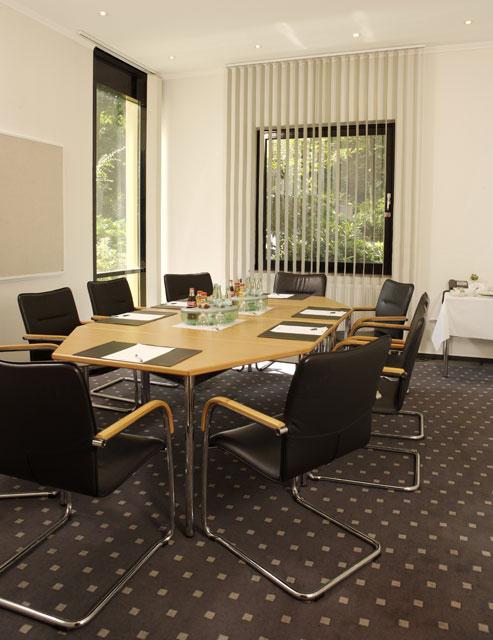 seminarhotel tagungshotel in m nster parkhotel schloss hohenfeld konferenzhotel. Black Bedroom Furniture Sets. Home Design Ideas
