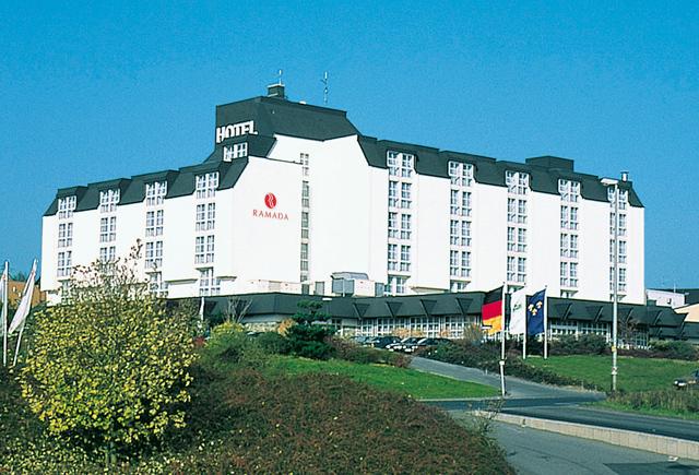 1 stern hotel wiesbaden: