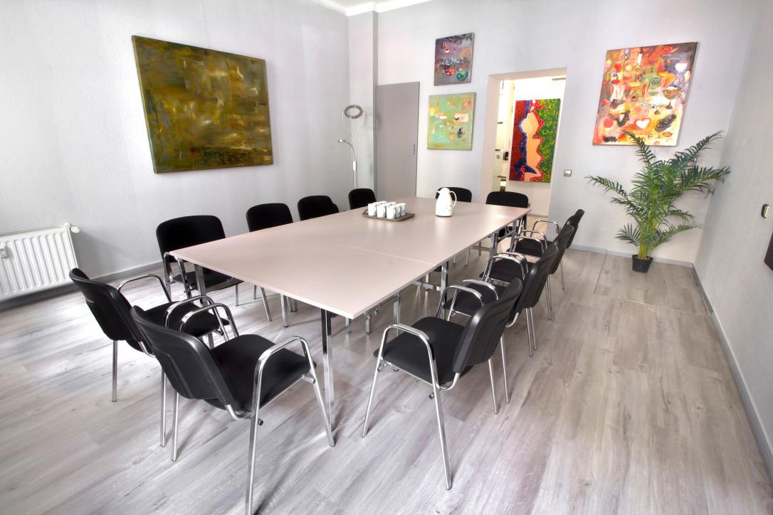 seminarraum tagungsraum in berlin seminar und coachingraum in berlin mitte. Black Bedroom Furniture Sets. Home Design Ideas